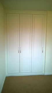 click to see larger image of Bespoke Wardrobe fitted into a Alcove. Installed in Brelade, Jersey, Chanel Islands